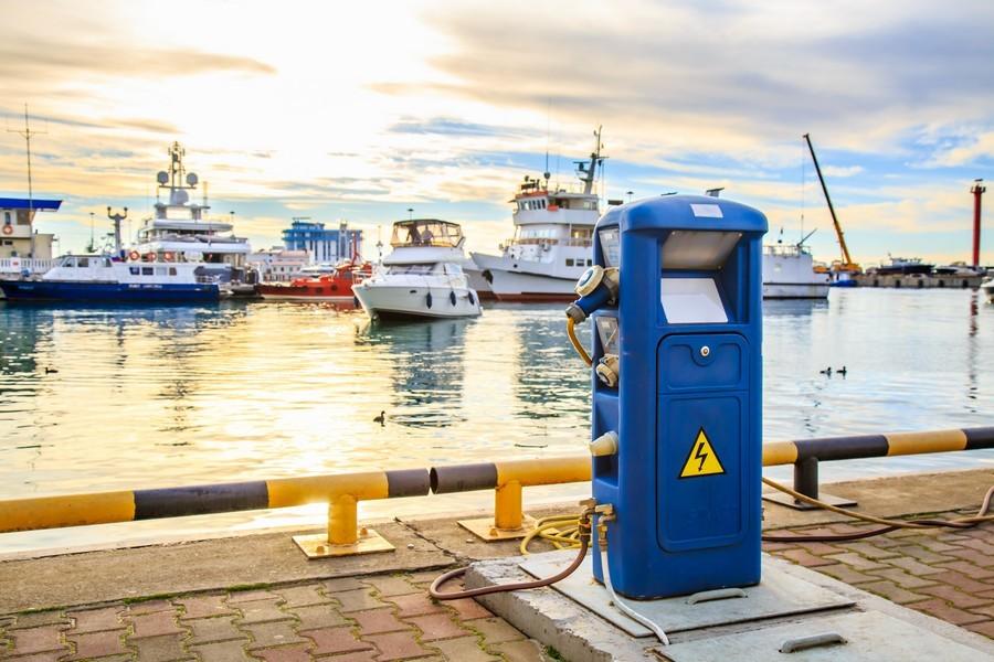 article 8 - bateau batterie